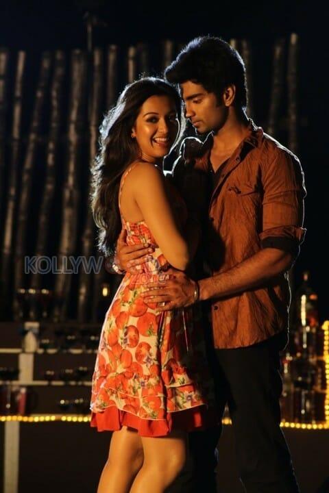 Kanithan - Atharvaa Murali and Catherine Tresa