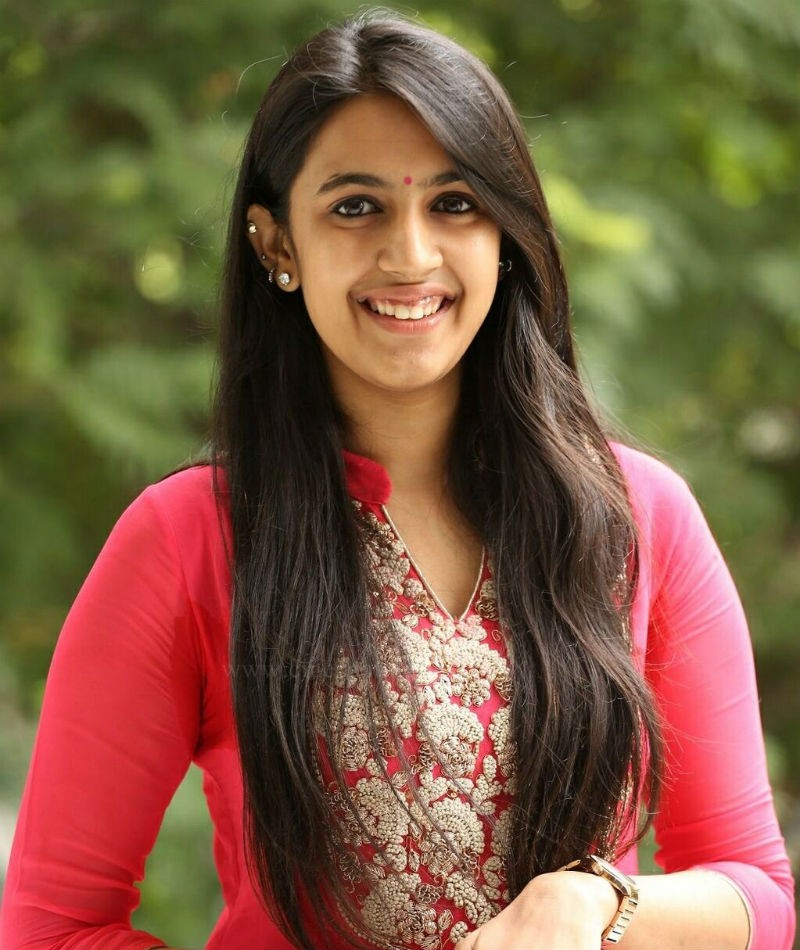 Chiranjeevi's Niece Niharika is Ready for Her Debut