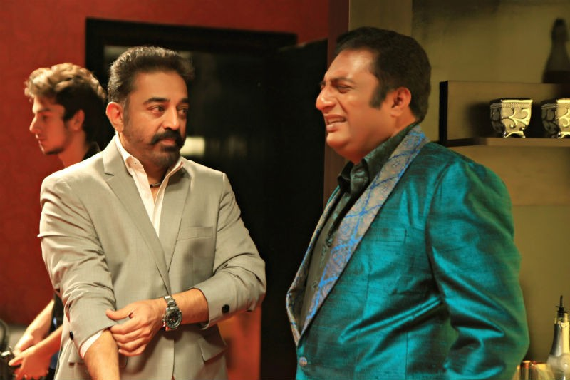 Prakash Raj Comes Out In Support of Kamal Haasan