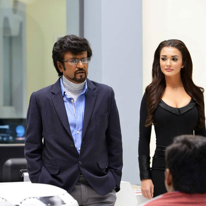 2.0 Movie Review - Rajinikanth and Amy Jackson