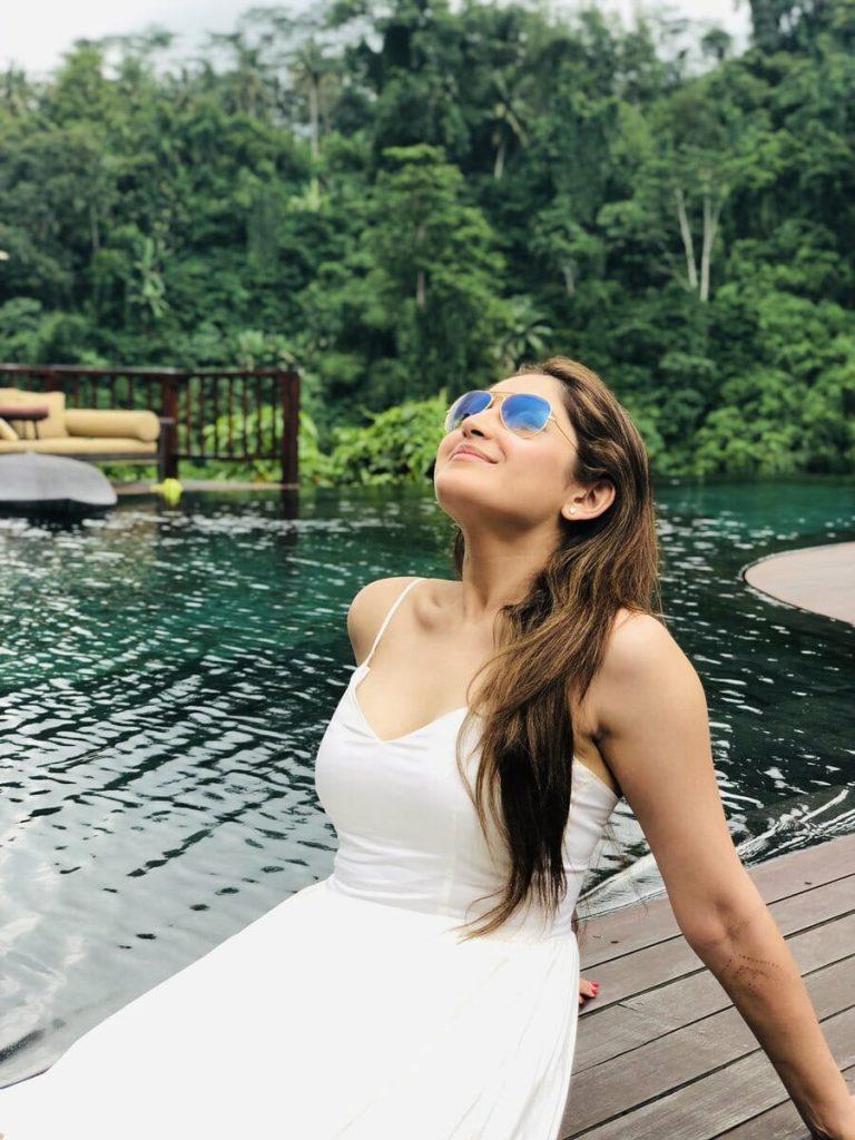 Arya – Sayesha honeymoon pictures