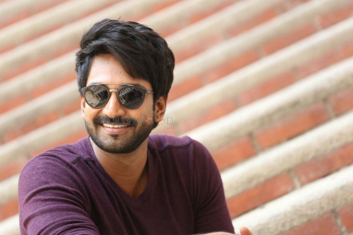 Aadhi pinnisetty - Actor Aadhi turns athlete for his next flick