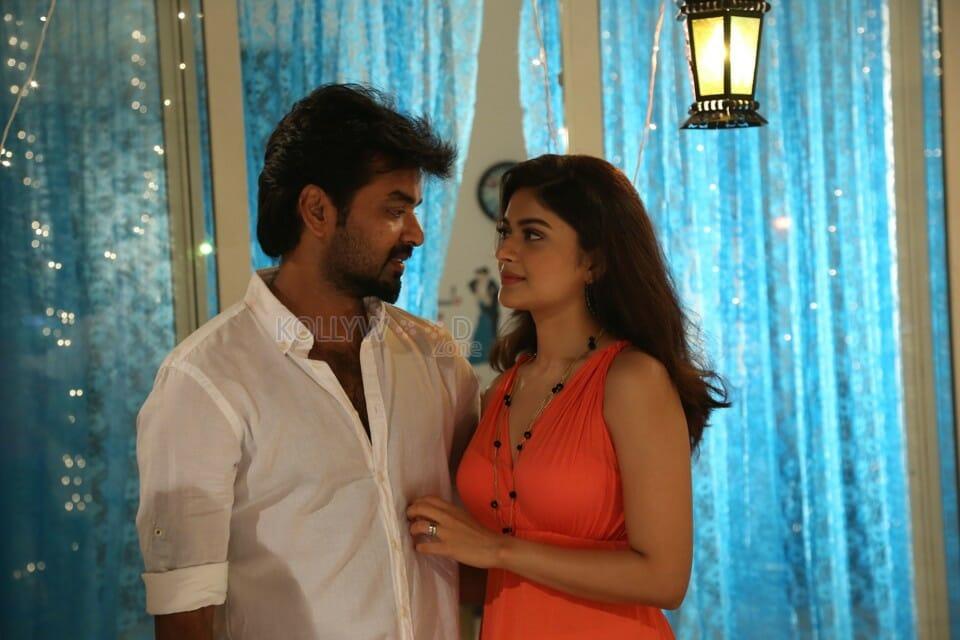 capmaari movie stills 03 - Actor Jai shoots with 50 Mumbai models for his 25th film!
