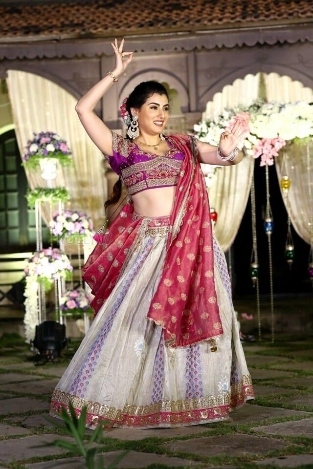 Actress Archana Sangeet Photos 13