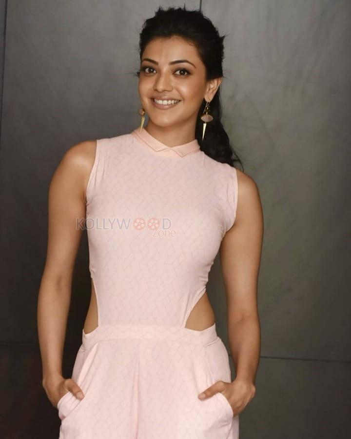 Actress Kajal Aggarwal Unseen Hot Photos