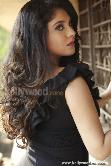 Actress Sherin Sexy Pictures