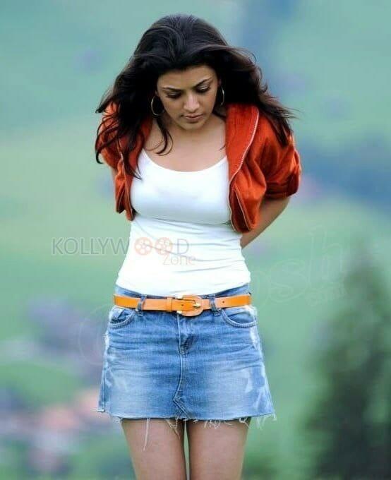 Kajal Aggarwal Mini Skirt Pic