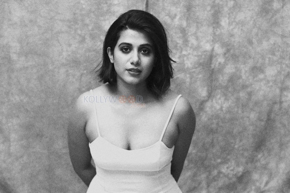 Actress Shilpa Manjunath Black and White Photoshoot Pictures