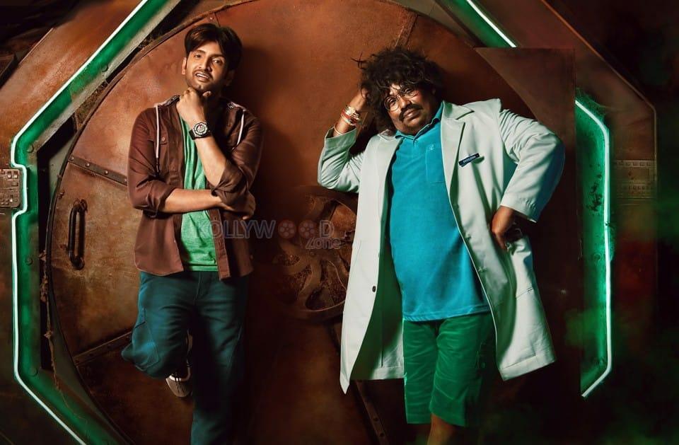 Dikkiloona Movie Santhanam Yogi Babu Stills 02