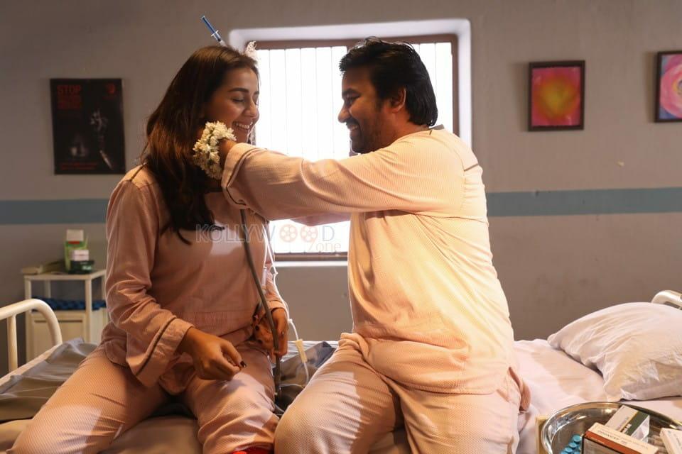 Idiot Movie Shiva Nikki Galrani Pictures 04