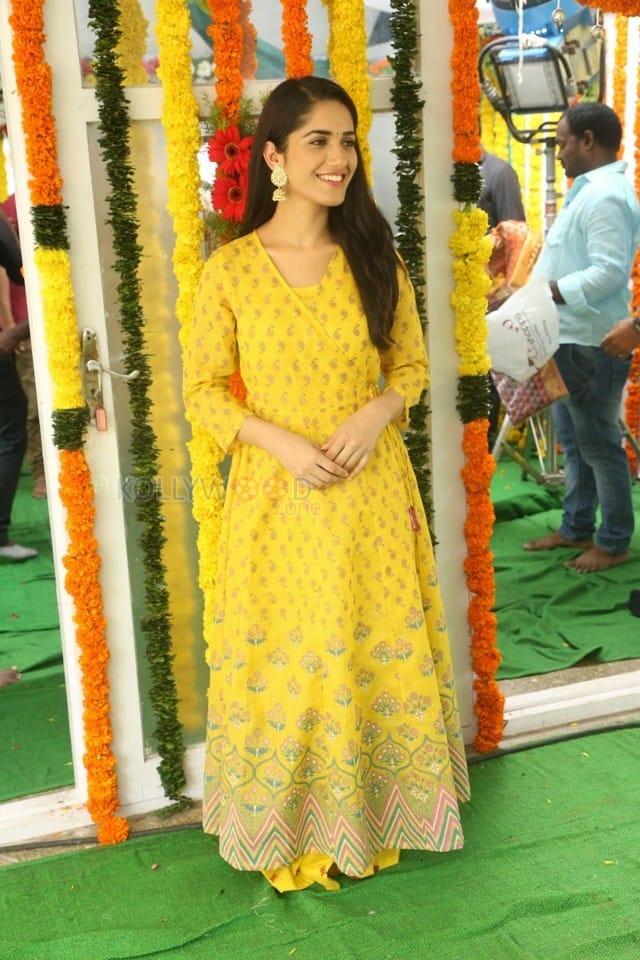 Actress Ruhani Sharma At Chi La Sow Movie Opening Photos 07