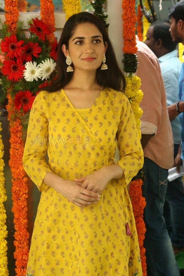 Actress Ruhani Sharma At Chi La Sow Movie Opening Photos 12