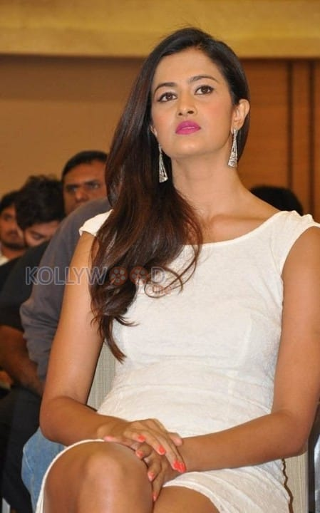 Actress Shubra Aiyappa Latest Pictures 16