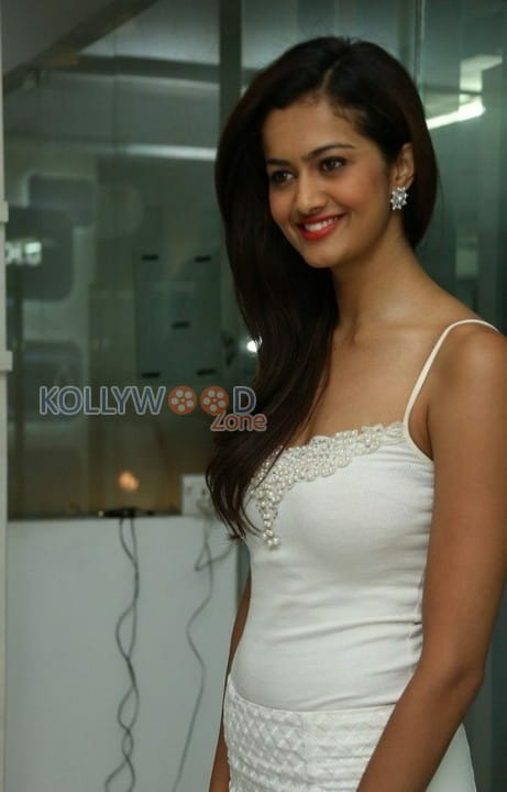 Actress Shubra Aiyappa Photos 09