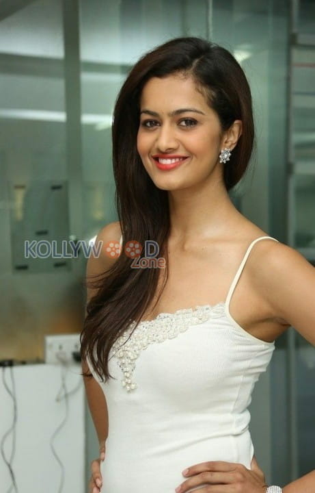 Actress Shubra Aiyappa Photos 23