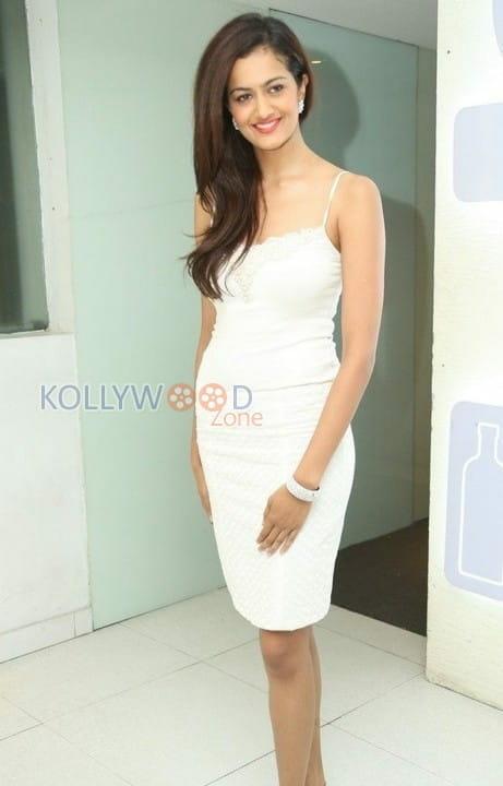 Actress Shubra Aiyappa Photos 25