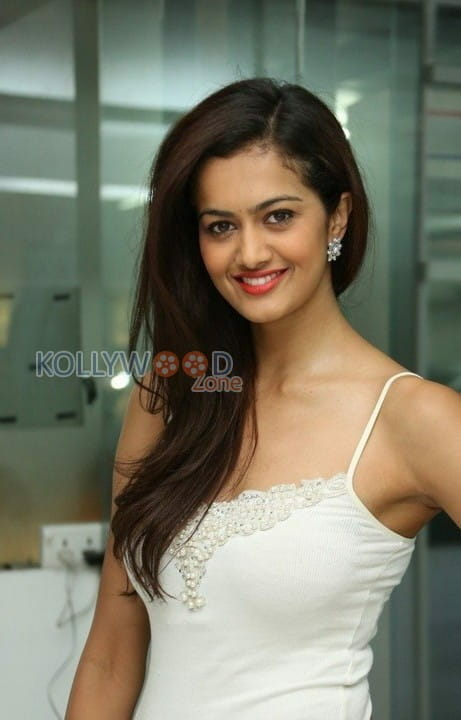 Actress Shubra Aiyappa Photos 27