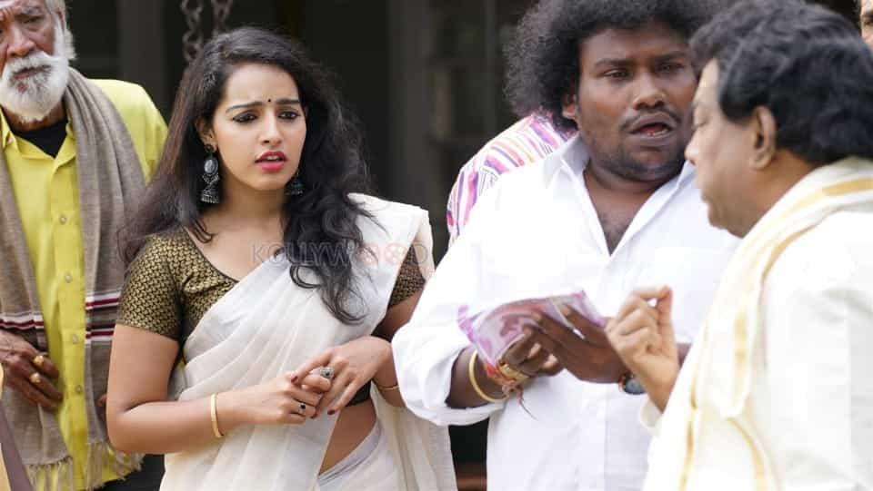 Pei Mama Tamil Movie Pictures 02