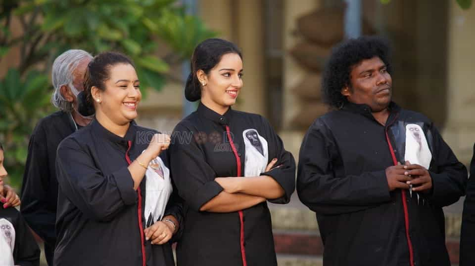 Pei Mama Tamil Movie Pictures 11