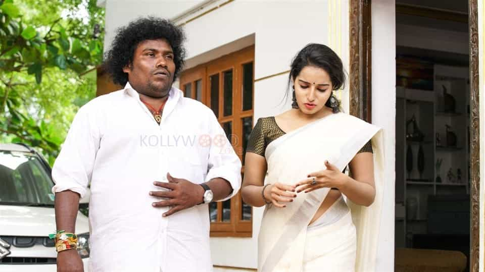 Pei Mama Tamil Movie Pictures 13